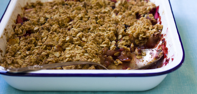 Apple & Blackberry Crumble crumble
