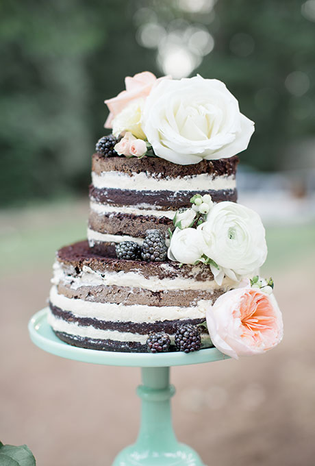 Dark-Wedding-Cakes-Christie-Graham-Photography