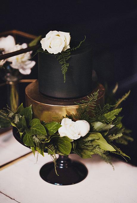 Dark-Wedding-Cakes-CJ-Williams-1